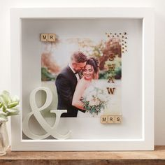 Remember your special day always with this classy and sentimental wedding memory box frame. Using only a couple of carefully chosen embellishments, you Wedding Memory Box, Wedding Boxes, Wedding Frames, Wedding Cards, Wedding Shadow Boxes, Wedding List, Scrabble Frame, Scrabble Crafts, Wedding Photography Poses