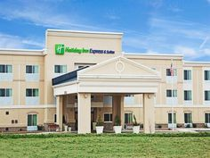 Jasper (AL) Hotel Express Inn & Suites United States, North America Hotel Express Inn & Suites is perfectly located for both business and leisure guests in Jasper (AL). The hotel offers guests a range of services and amenities designed to provide comfort and convenience. Free Wi-Fi in all rooms, 24-hour front desk, facilities for disabled guests, express check-in/check-out, newspapers are there for guest's enjoyment. Guestrooms are fitted with all the amenities you need for a ...