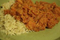 Maapähkinäinen linssikastike Grains, Food And Drink, Rice, Meat, Chicken, Baking, Food Food, Bakken, Seeds