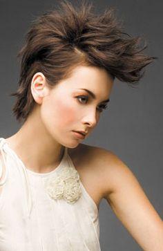 http://www.womensbeautylife.com/albums/short_hair/short_hair_quiff.jpg