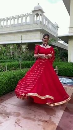 Party Wear Indian Dresses, Indian Bridal Outfits, Indian Bridal Fashion, Dress Indian Style, Indian Fashion Dresses, Indian Designer Outfits, Bridal Dresses, Stylish Dresses For Girls, Stylish Dress Designs