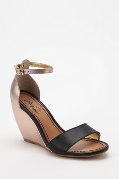 Seychelles Thyme Wedge Sandal - Urban Outfitters