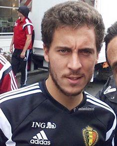 Eden Hazard Chelsea, Fc Chelsea, Football Boys, Real Madrid, My Eyes, Blues, Soccer, Beautiful Things, Sports