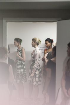 the ladies waiting for Oscar de la Renta Resort 2013 to start, // via James Nord