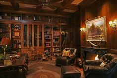 trendy home library den man cave Future House, My House, Gun Rooms, Cigar Room, Study Rooms, Library Study Room, Study Office, Home Libraries, Trendy Home