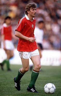 Sport. Football. pic: circa 1985. Lajos Detari, Hungary. Sport Football, Football Players, Soccer, International Football, World Cup, Running, Sports, Ant, Legends