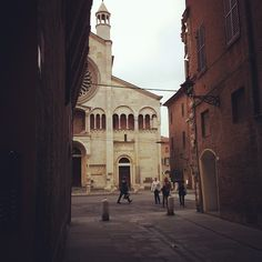 This is Modena by the way - Instagram by @babepi
