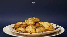 Bagel, Baked Potato, Potatoes, Bread, Baking, Ethnic Recipes, Pierogi, Food, Bread Making