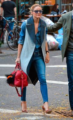 Olivia Palermo: 100 mejores looks - Style Lovely Estilo Olivia Palermo, Olivia Palermo Lookbook, Denim Outfits, Mode Outfits, Casual Outfits, Fashion Outfits, Womens Fashion, Look Casual Chic, Casual Looks