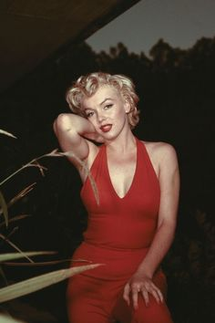 Marilyn Monroe's Most Glamorous Moments - Marilyn Monroe Photos