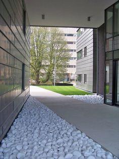 Fontein voor de tuin ontwerp achtertuin pinterest tuin veranda en tuinen - Hedendaagse fontein ...