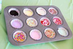 cupcake party sprinkles foodstuff-i-love Cupcake Party, 1st Birthday Cupcakes, Cupcake Decorating Party, Girl Cupcakes, Themed Cupcakes, Fun Cupcakes, Cookie Decorating, Diy Cupcake, Cupcake Decorations