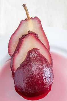Dessert Recipe: Red Wine Poached Pears, so pretty for Christmas