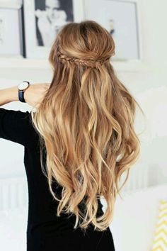 Idée Tendance Coupe & Coiffure Femme 2018 : Description Here are the 100 best hair trends for the year In this gallery you will find hairstyles for all seasons. These hairstyles are ranging Wedding Hairstyles For Long Hair, Wedding Hair And Makeup, Pretty Hairstyles, Hairstyle Ideas, Easy Hairstyles, Bohemian Hairstyles, Elegant Hairstyles, Hairstyle Tutorials, Makeup Hairstyle