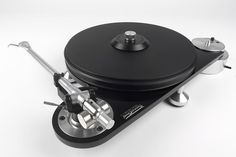 J.A. Michell: Technodec turntable.