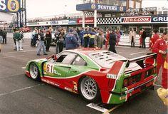 Ferrari F40 GTE.