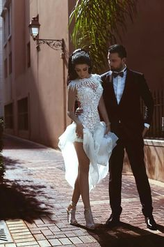 Sexy Wedding Pictures Not For Your Wedding Album ★ sexy wedding pictures bride showing the garter saidmhamadphotography Wedding Dresses With Straps, Lace Mermaid Wedding Dress, Elegant Wedding Dress, Mermaid Dresses, Wedding Gowns, Wedding Album, Wedding Tips, Budget Wedding, Wedding Ceremony