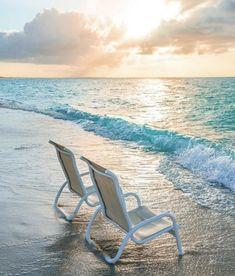I Love The Beach, Outdoor Furniture, Outdoor Decor, Sun Lounger, Ocean, World, Life, Home Decor, Style
