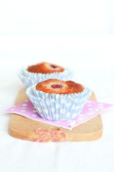 Muffins al rabarbaro, lamponi e mandorle / [ Anemone in Cucina ]