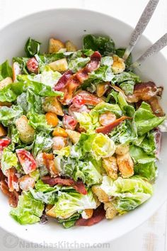 BLT Salad with the Best Dressing Natasha s Kitchen A BLT Salad loaded with fresh lettuce crispy bacon bright tomatoes crunchy croutons and the BLT Salad dressing is exceptional Easy excellent salad Lettuce Salad Recipes, Blt Salad, Bacon Salad, Salad Dressing Recipes, Healthy Salad Recipes, Blt Recipes, Bacon Lettuce Tomato Salad, Simple Salad Recipes, Vegtable Salad