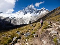 World's Best Hikes: Epic Trails - Santa Cruz Trek at Cordillera Blanca, Perú | National Geographic Traveler - July 2013