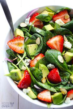 Avocado Strawberry Spinach Salad Recipe | http://gimmesomeoven.com