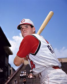 Pete Rose - A Cincinnati Reds Crown Jewel. Mlb Players, Baseball Players, Baseball Cards, Cubs Team, Baseball Uniforms, Mlb Uniforms, Johnny Bench, Cincinnati Reds Baseball, Pete Rose