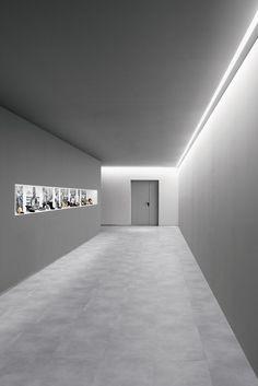 Corridor Lighting, Linear Lighting, Direct Lighting, Cool Lighting, Strip Lighting, Lighting Design, Office Interior Design, Office Interiors, Interior Decorating