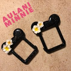 Aulani Minnie cover for the Apple Watch! Apple Watch 3, Disney Phone Cases, Apple Watch Accessories, Disney Fashion, Just Girl Things, Watch Case, Disney Stuff, Disney Inspired, Watch Bands