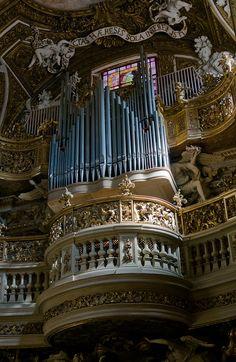 Roma Santa Maria della Vittoria: Organ #TuscanyAgriturismoGiratola