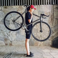 ++fixed gear TEAM in taichung city ! Fixed Gear Bicycle, Bicycle Race, Cool Bicycles, Cool Bikes, Urban Cycling, Bike Style, Cycling Bikes, Bike Life, Girls Be Like