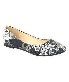 Black & White Floral Dana Flat