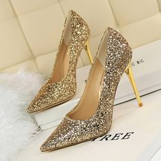 9fe1cc2a1e48 8 Shinning Colors Women Thin High Heels Pumps Lady  Sexy Pointed Toe  Wedding Shoes red