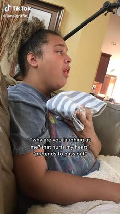 Crazy Funny Videos, Funny Videos For Kids, Funny Video Memes, Crazy Funny Memes, Really Funny Memes, Funny Relatable Memes, Funny Facts, Wisdom Teeth Video, Wisdom Teeth Funny