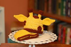 free giraffe hat pattern<--make it all green and take off the antlers and it's totally a Yoda hat! #geek