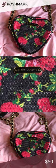 Betsey Johnson Floral Cross Body Bag Beautiful Betsey Cross Body Bag! Good condition Betsey Johnson Bags
