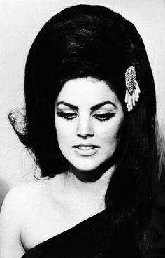 Priscilla Presley cateye