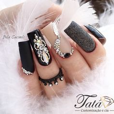 Adding some glitter nail art designs to your repertoire can glam up your style within a few hours. Check our fav Glitter Nail Art Designs and get inspired! Black Nails With Glitter, Black Acrylic Nails, Glitter Nail Art, Pedicure Nail Art, Nail Manicure, Rhinestone Nails, Bling Nails, Square Nail Designs, Nail Art Designs