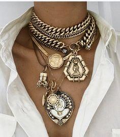 Bold Jewelry, Chunky Jewelry, Statement Jewelry, Jewelry Box, Jewelery, Jewelry Accessories, Fashion Accessories, Fashion Jewelry, Look