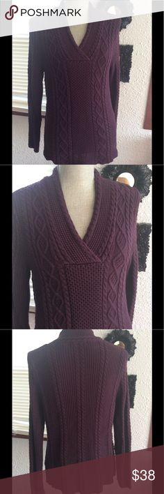 Beautiful plum colored sweater top 😎 Has a really beautiful design as seen in pictures, nice and warm, gently worn.   Nice snugly fit.  Beautiful plum color, very lovely 😊 Jeanne Pierre Sweaters V-Necks