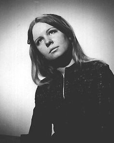 Sandy Denny, the voice behind Fairport Convention.