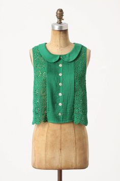 A beautiful top - I have a piece of vintage cotton very similar to this in white I think it will be on the sewing pile!
