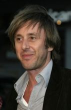 Jake Weber, one of the most endearing and approachable men on television. Is Joe Dubois in TV show Medium. And I think he's handsome, Id like him for my husband. Jake Weber, Beautiful Men, Beautiful People, Norman Bates, Blurred Lines, Picture Photo, Things To Think About, Tv Shows, Handsome