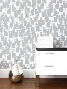 Shadowcat wallpaper by Aimee Wilder (relax - I would only put this in the foster kitty room!)