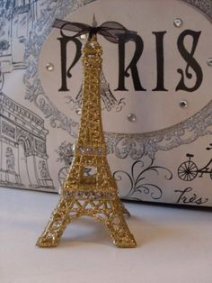 $39 topper Hey, I found this really awesome Etsy listing at https://www.etsy.com/listing/170617710/sparkling-gold-eiffel-tower-wedding-cake