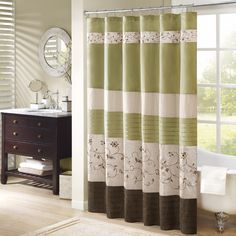 Add an elegant addition to your bathroom with the Madison Park Estella shower curtain. Its rich green and delicate embroidery are the perfect combination.