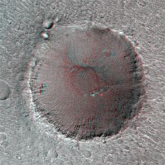 Mars: Big Crater in Stereo