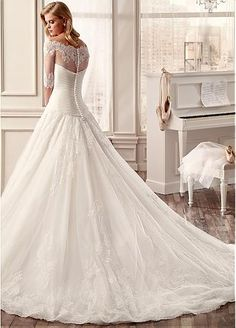 Gorgeous Tulle & Organza Off-the-Shoulder Neckline A-line Wedding Dresses with Lace Appliques
