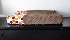 DIY changing pad cover http://www.sirbubbadoo.com/2010/11/tutorial-how-to-make-changing-pad-cover.html