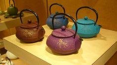 Iwachu teapots